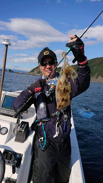 ティップランエギングで釣ったアオリイカ